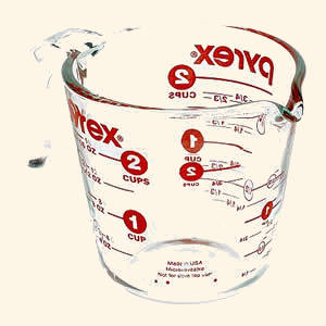 US Measuring Cup by Pyrex
